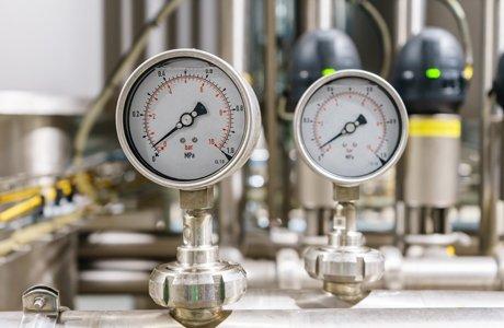 pressure-gauge-installation