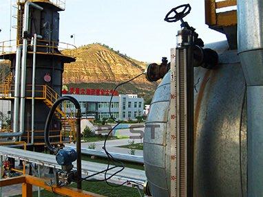 Remote flange level transmitter