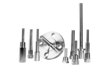 Industrial temperature gauge thermowell